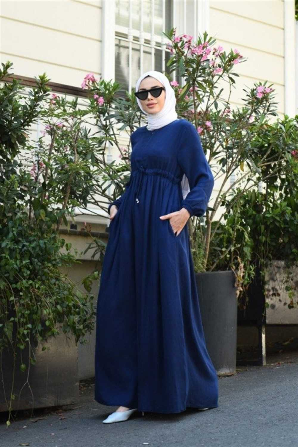 Neways Süs Bağcıklı Tesettür Krep Elbise Modelleri