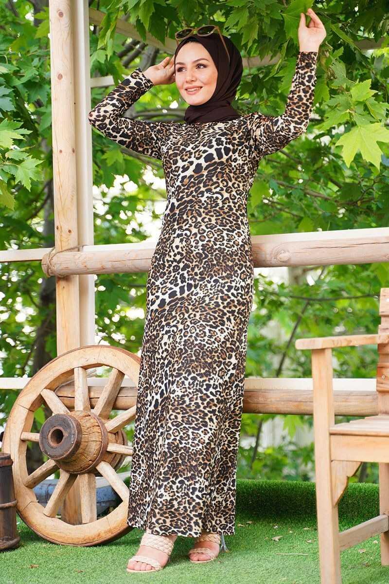 Ukbe Tesettür Krep Elbise Modelleri