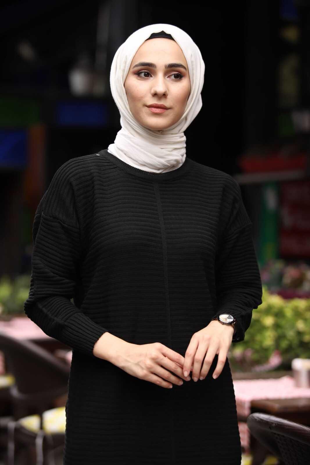 Ezhel Triko Siyah Tesettür Tunik Modelleri