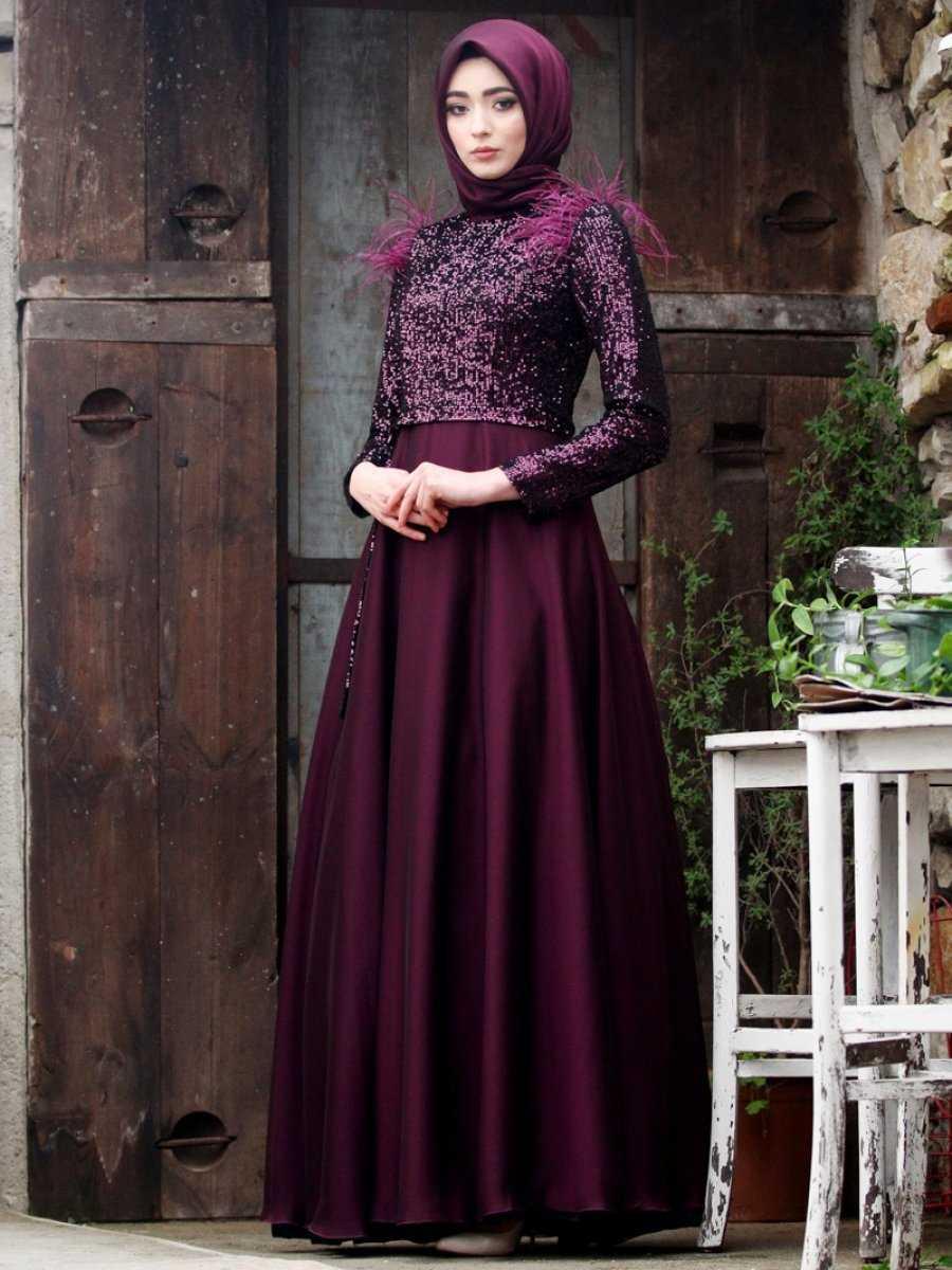 Nurbanu Kural Tüylü Abiye Elbise Modelleri
