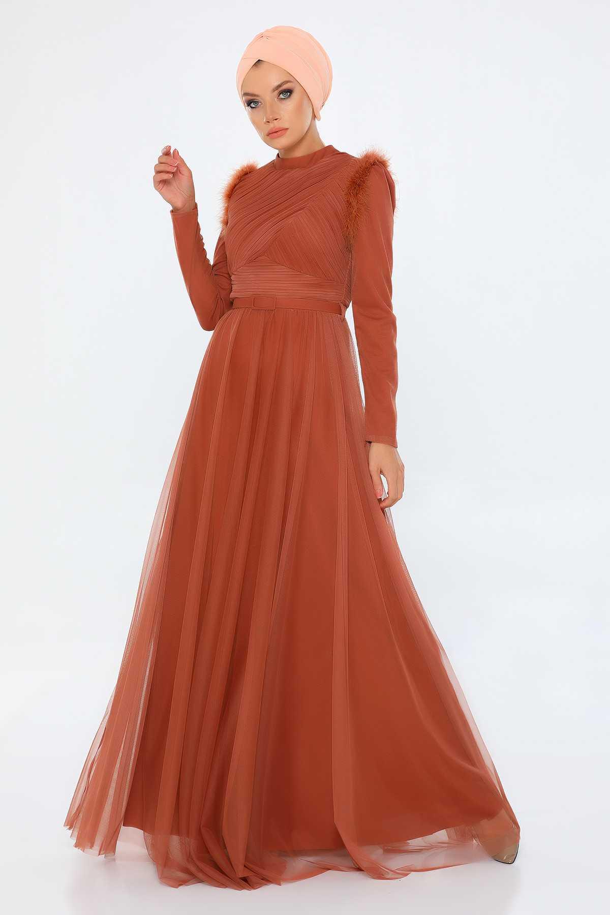 Tozlu Tesettür Tüylü Abiye Elbise Modelleri