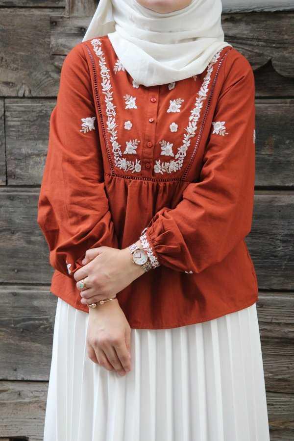 Emin Elif Butik Nakışlı Tesettür Bluz Modelleri