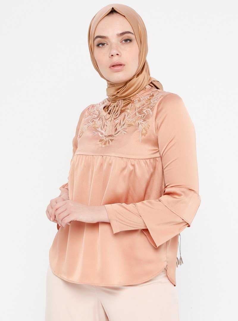 Somon Renk Tuğba Nakışlı Tesettür Bluz Modelleri