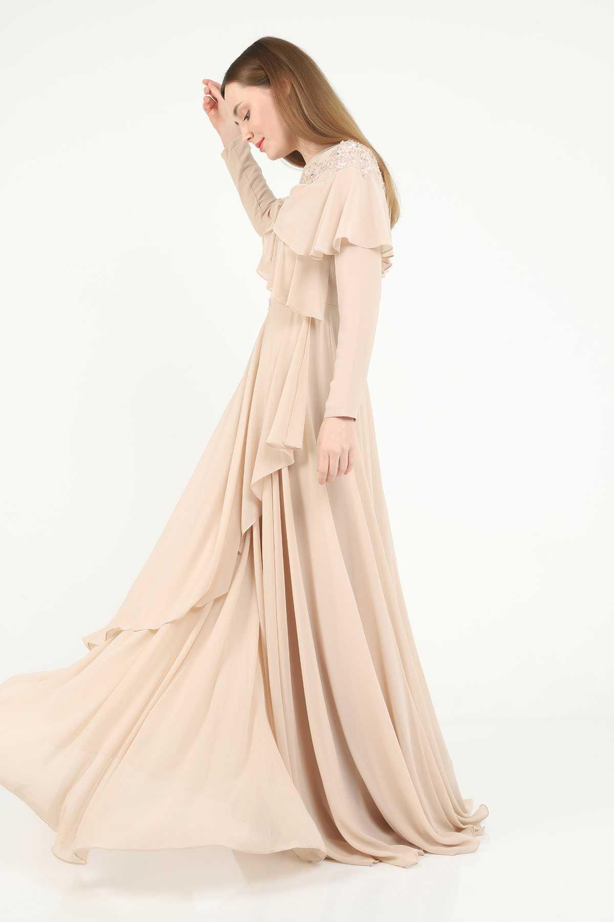 Three's İşlemeli Boncuk Abiye Elbise Modelleri